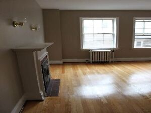 DOWNTOWN KITCHENER - RARELY AVAILABLE!!