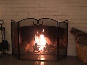 Trifolding Fire Screen/Fire Guard Midway Point Sorell Area Preview