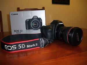 Canon EOS 5D Mark II full fram camera professional body only