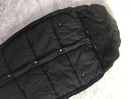 Mountain Buggy black sleeping bag / footmuff
