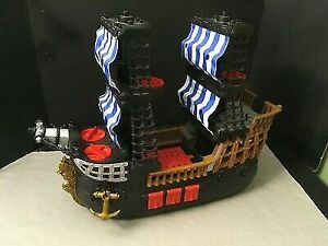 Imaginext® Pirate Ship - Blue & White Stripes Flags