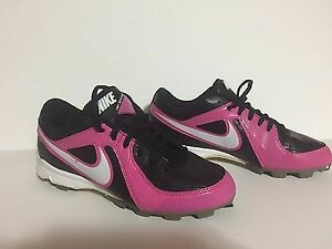 Ladies Nike Baseball cleats