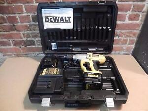 Perceuse Marteau Dewalt / Model DW0006 (i016474)
