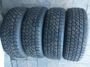 4 PNEUS D'HIVER / 4 WINTER TIRES  225/60/16 ARCTIC WINTER CLAW