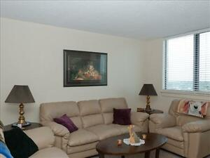 1 bedroom apartment for rent MINUTES to Downtown! Peterborough Peterborough Area image 1