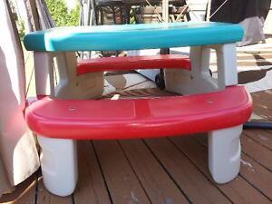 Table pique-nique enfant little tikes