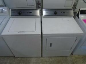 COMMERCIAL WHIRLPOOL WASHER AND DRYER / ENSEMBLE LAVEUSE ET SECHEUSE COMMERCIALE WHIRLPOOL