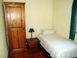 2 bedrooms to lease right now