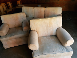 5 x seater couch set Heatherton Kingston Area Preview
