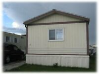 GREAT PRICE on the mobile home in Chateau!