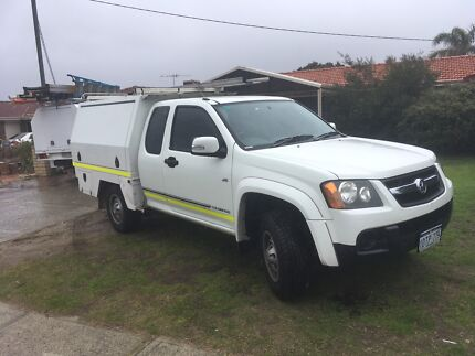 Trade Ute with Custom  Trademate Canopy
