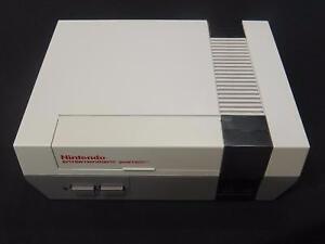 ! RARE ! Nintendo NES + Manette EXCELLENT ETAT ! (i018570)