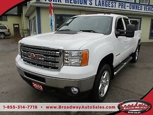 2012 GMC Sierra 3500 1-TON - DIESEL LOADED SLT MODEL 5 PASSENGER