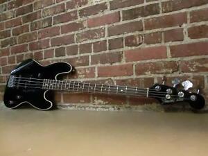 Basse électrique Fender Signature Frank Bello (i011122)