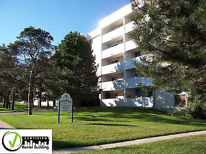 Pinegrove Apts- Waterloo 1 BEDROOM Available OCT 15