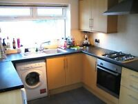 2 Rooms in Lovely 5 Bedroom House Donald Street Roath Cardiff