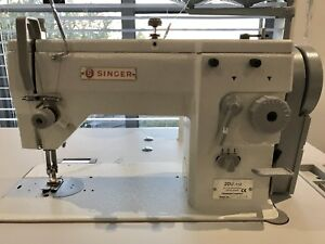 ALMOST NEW!! Singer 20U Industrial Sewing Machine Straight&ZigZag Nelson Bay Port Stephens Area Preview