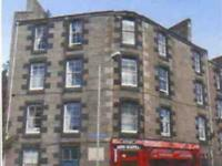 2 bedroom flat in Lawrence Street, Dundee