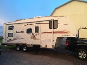 Fleetwood Prowler Fifth Wheel