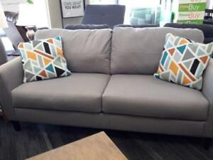 *** NEW *** ASHLEY PELSOR GRAY SOFA/LOVE   S/N:51300889   #STORE595