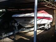 Four Winns 1900 Bowrider Ski boat Rushworth Campaspe Area Preview