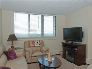 1 bedroom apartment for rent MINUTES to Downtown! Peterborough Peterborough Area image 2