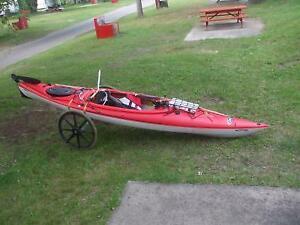 Kayak Pelican/élie 120 avec gouvernail