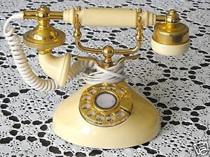 VINTAGE FRENCH PROVINCIAL ROTARY DIAL TELEPHONE (VGC)