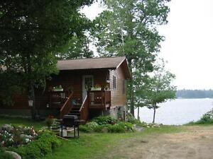 Beautiful clean lakeside 4 bedrooms/2 baths cottage/home