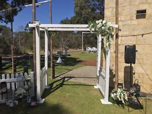 Arch wedding hire Upper Swan Swan Area Preview
