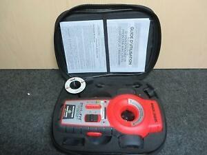 Niveau Laser BLACK & DECKER / Model BDL110S (110015865)