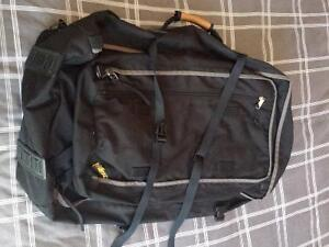 Outbound Large Black Backpack with Zip-off Day Backpack Kitchener / Waterloo Kitchener Area image 7