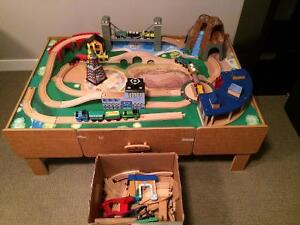 TRAIN SET WITH TABLE - Imaginarium and Thomas the Train pieces