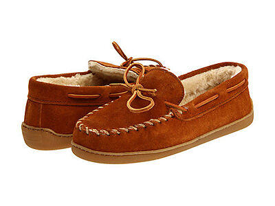 Minnetonka Men's Hardsole Pile-Lined Slippers