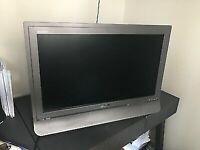 "SONY 23"" LCD COLOUR TV"