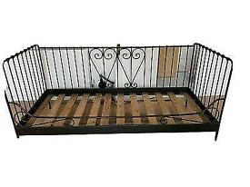 Children's bed £40