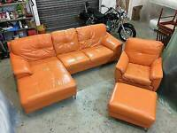 ORANGE LEATHER CORNER SUITE SOFA SWIVEL CHAIR AND POOF GOOD CONDITION DELIVERY