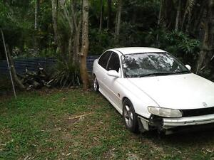 Holden vt Commodore lowered king springs Beerwah Caloundra Area Preview