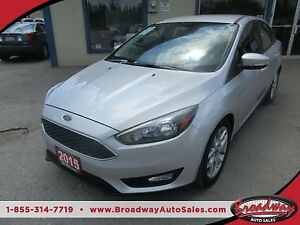 2015 Ford Focus POWER EQUIPPED SE MODEL 5 PASSENGER 2.0L - DOHC.