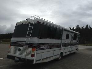 Class A Motor Home in excellent condition for sale