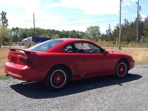 1996 Ford Mustang Gt Coupe (2 door)
