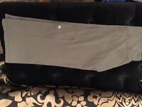 LULULEMON RELAXED FOR CROPS SZ 4