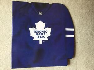 BRAND NEW TORONTO MAPLE LEAFS BINDER 2""