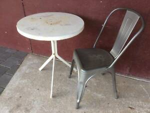 Outdoor steel table & chair.  As pictured.  Table top has surface Kewdale Belmont Area Preview