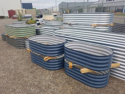 CLEARANCE SALE ON TODAY! Quality DINGO Raised Garden Beds, Pots