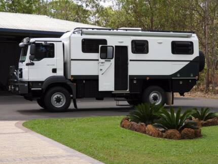 2013 M A N  Custom Motorhome 4 x 4
