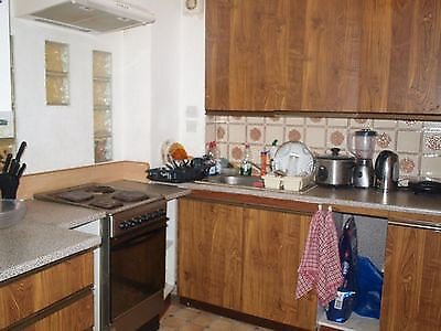 One room to share in Plaistow