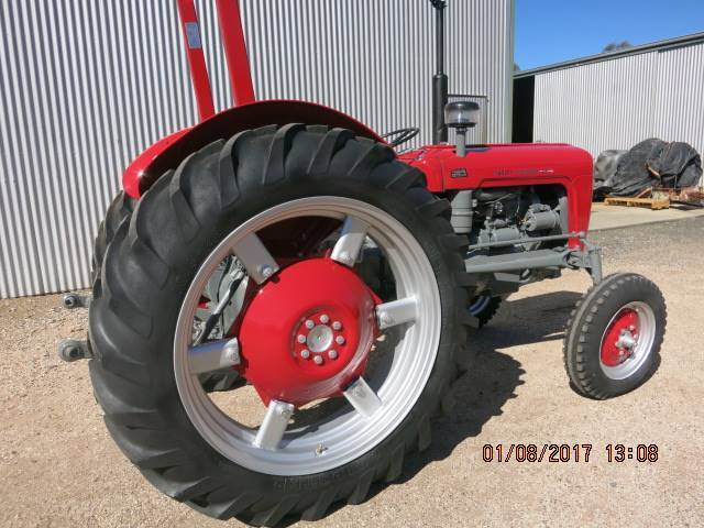 MASSEY FERGUSON M F  35 TRACTOR | Miscellaneous Goods | Gumtree