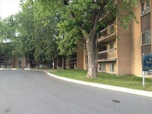 1421 and 1451 Brookdale Avenue, 1BR Cornwall Ontario image 6
