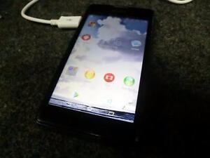 Téléphone cellulaire avec BELL (i010674)